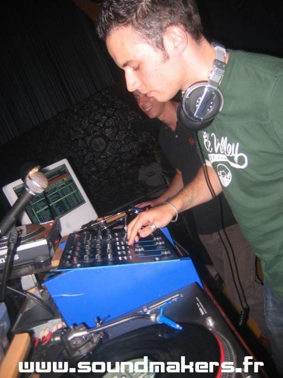 Jeremy (Sound Makers) @ Vive la France (NON/Spain)