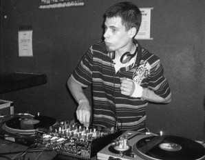 2009 dj joan-x